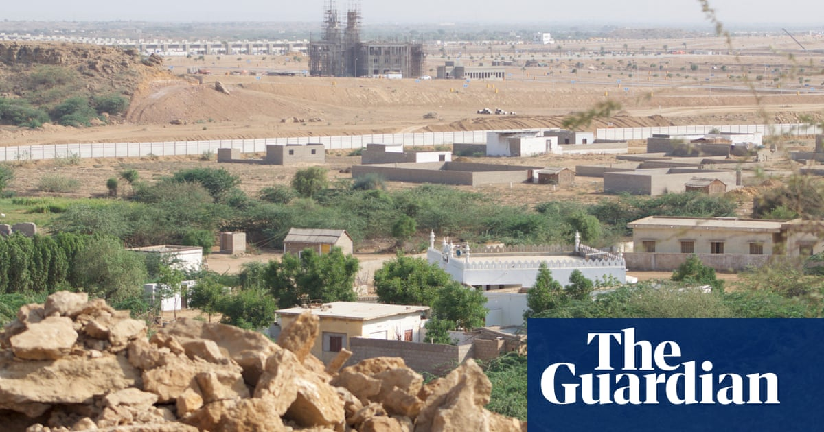 'They fired at everyone': peril of Pakistani villagers protesting giant luxury estate