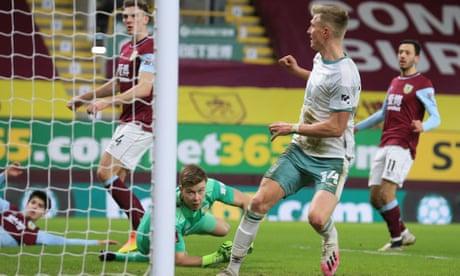 Sam Surridge and Junior Stanislas on target in Bournemouth win at Burnley