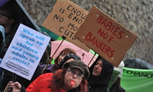 Marchers in Oxford protest against the closure of children's centres.