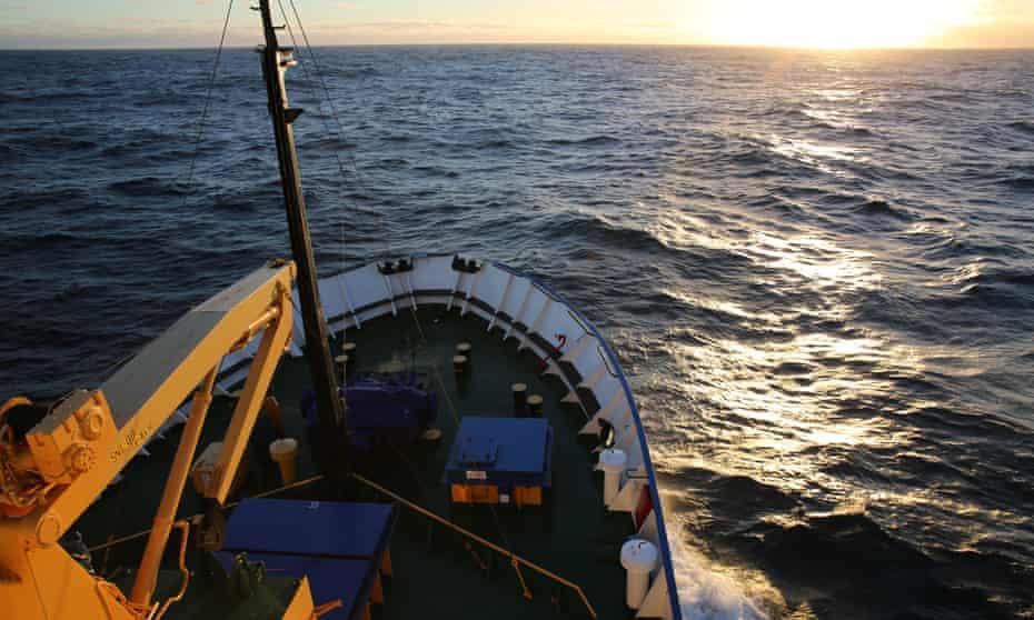 The MV Akademik Shokalskiy sails across the Southern Ocean on its way to Commonwealth Bay, East Antarctica