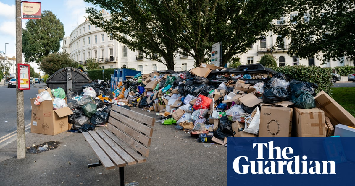 Garbage fills the streets as Brighton refuse strike continues