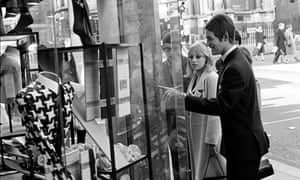 Look sharp: teenage Mods window shopping in London in 1965.