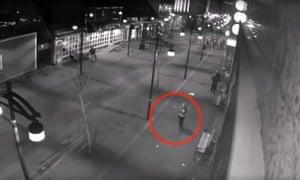 Last known CCTV sighting of Brjánsdóttir a few minutes before her disappearance.