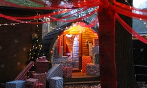 Away Resorts. Festive weekends at Sandy Balls, Hampshire