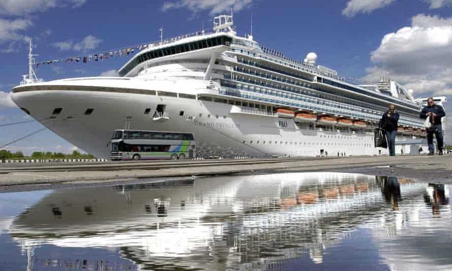 P&O's Grand Princess cruise ship