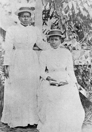 Portrait of two South Sea Islander women, 1901.