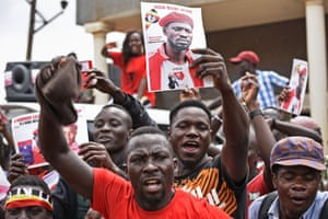 Supporters of Bobi Wine protest in Kyagulanyi.