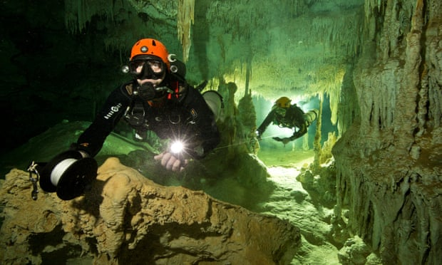 World's longest underwater cave system discovered in Mexico by divers (theguardian.com)