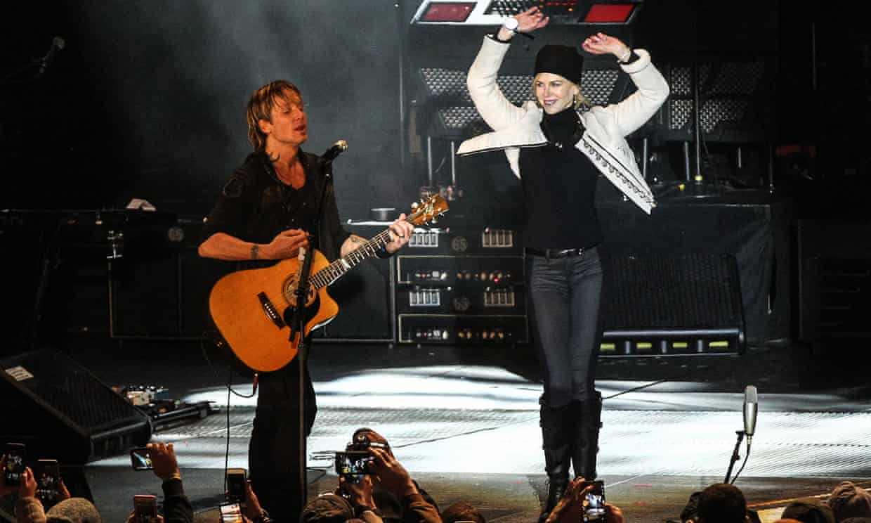 Kidman joins her husband Keith Urban on stage.