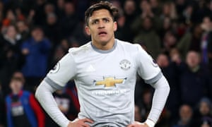 Manchester United's Alexis Sánchez shows his frustration during Monday's game at Crystal Palace.