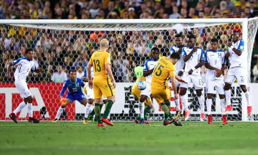 Mile Jedinak scores a free-kick