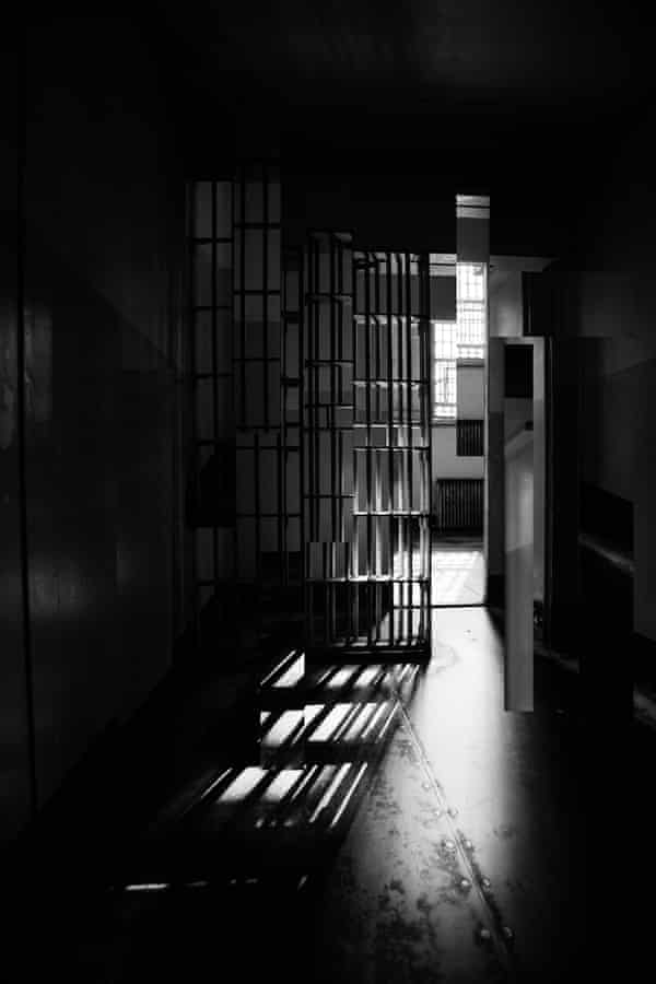 The prison cell doesn't have to be your final roomSouth Mississippi Correctional Institution has an inmate-to-correctional officer ratio of 23 to 1, far higher than that of other states or the federal prison system.