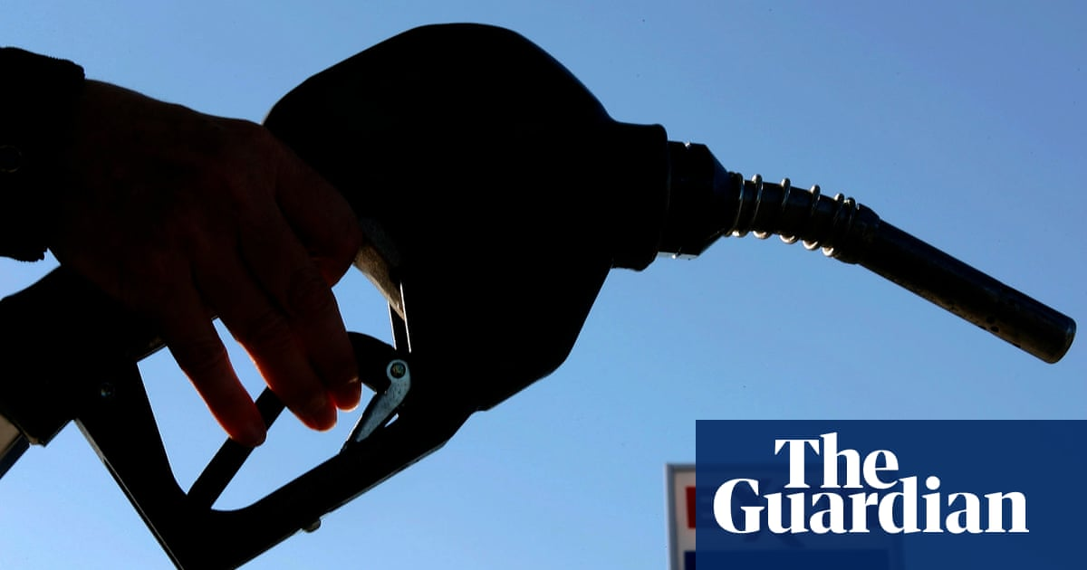 Top oil firms spending millions lobbying to block climate change policies, says report