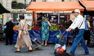 Athenians visit the Green market