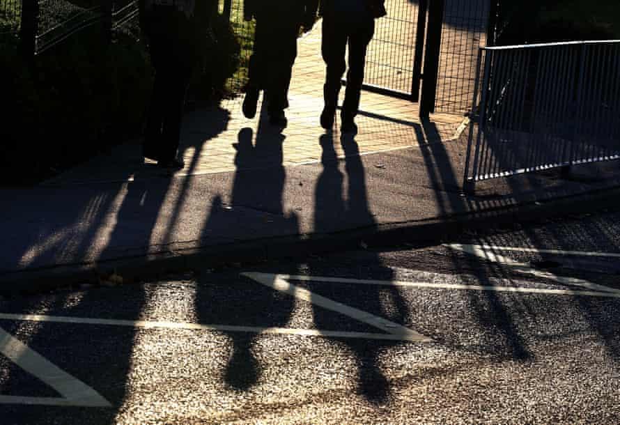 Children arriving at school.