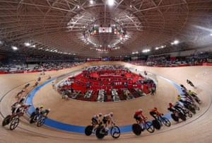 Competitors in action during the men's madison final.