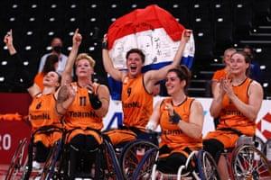 Dutch joy as the Netherlands take Gold.