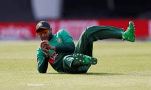 Bangladesh's Shakib Al Hasan takes a catch to dismiss South Africa's Andile Phehlukwayo.