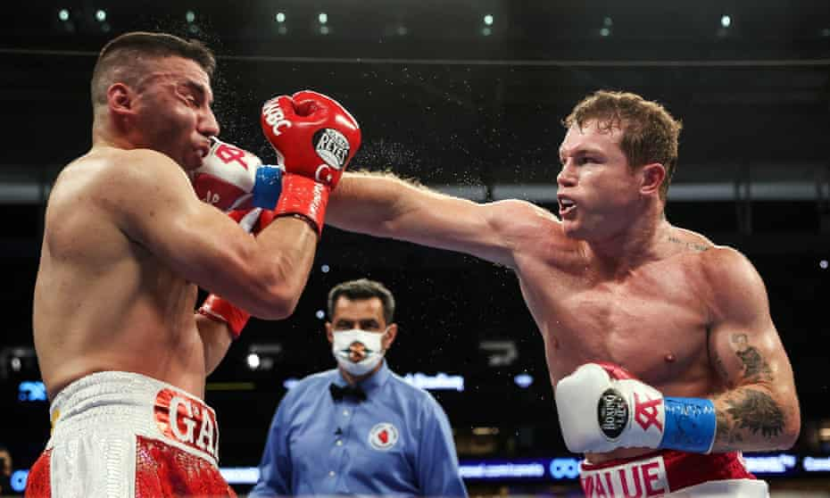 Saúl 'Canelo' Álvarez lands a punch against Avni Yildirim of Turkey during their fight in Miami in February.