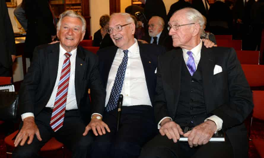 Ninian Stephen, centre, with former prime ministers Bob Hawke, left, and Malcolm Fraser, in 2013.