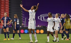 Wendie Renard Rises Highest For Lyon And Psg Are Pushed Aside Once Again Football The Guardian