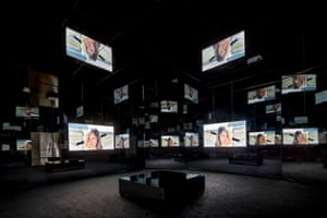 Labyrinthine: view of Black Mirror's installation.