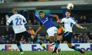 Everton's Dominic Calvert-Lewin akes a shot which just inches past the Apollon Limas goal.