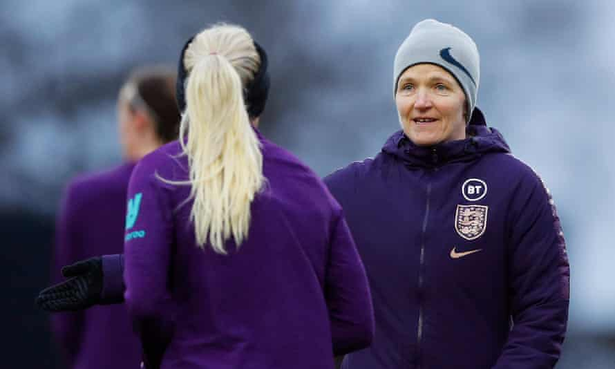 Hege Riise at England training