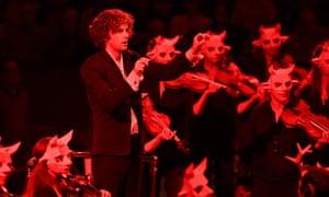 Nicholas Collon conducts the (masked) Aurora Orchestra in 2019's Proms season