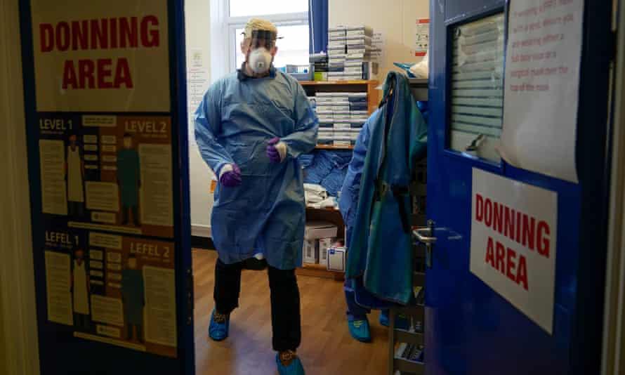 An anaesthetist wearing scrubs