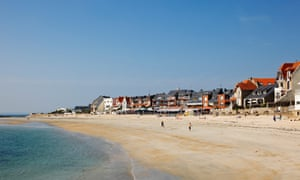 Lamor Plage beach and town, Morbihan, Brittany, France, Europe