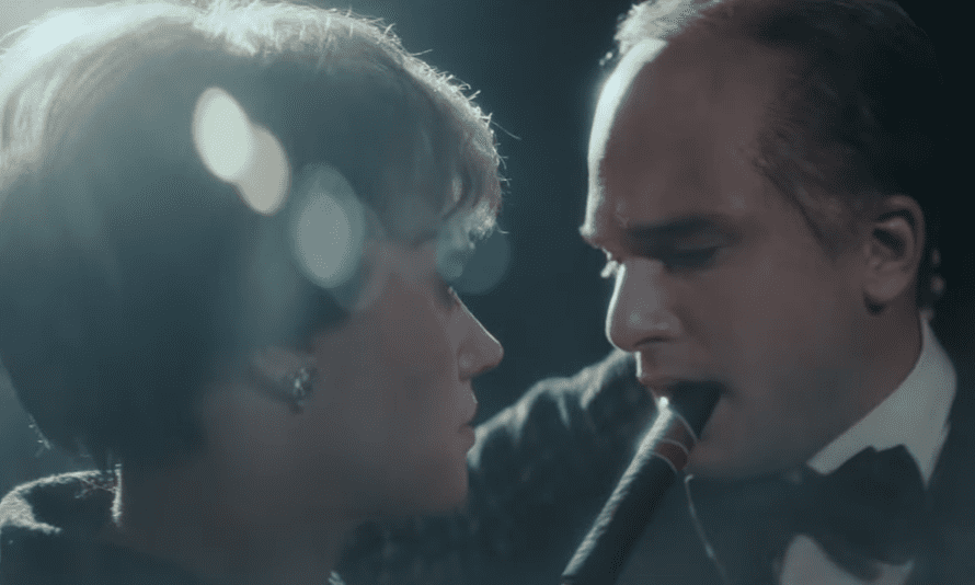 Kate McKinnon and Kit Harington as Theresa May and Winston Churchill on Saturday Night Live