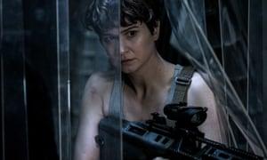 Katherine Waterston as Daniels in Alien: Covenant