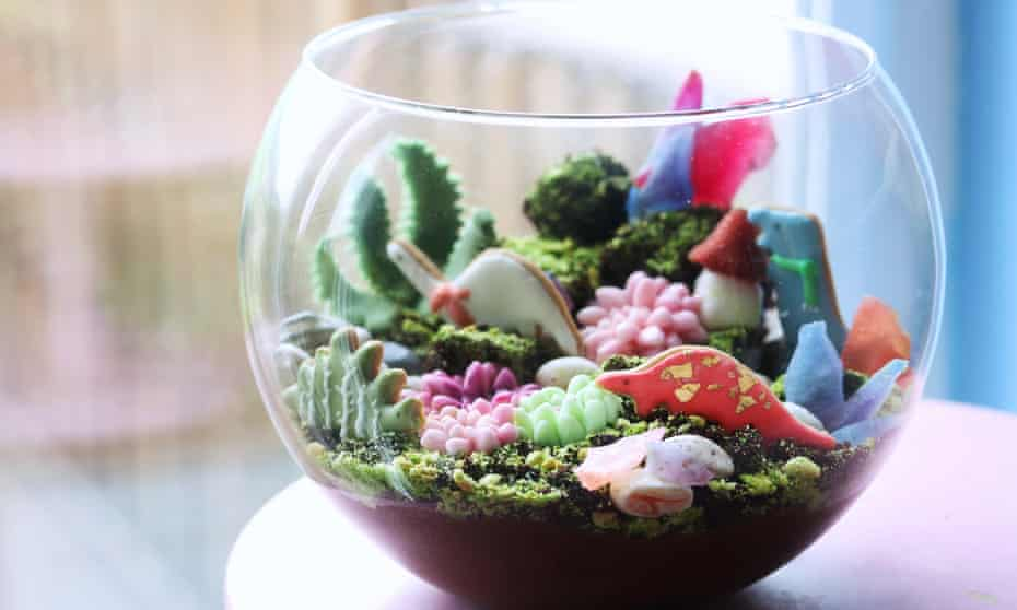 Kim-Joy's edible terrarium, featuring chocolate cake, chocolate mousse and a green biscuit crumb.