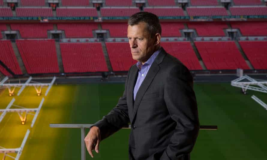 Martin Glenn, the FA's chief executive officer, has said he is unable to influence Fifa over future World Cup expansion.