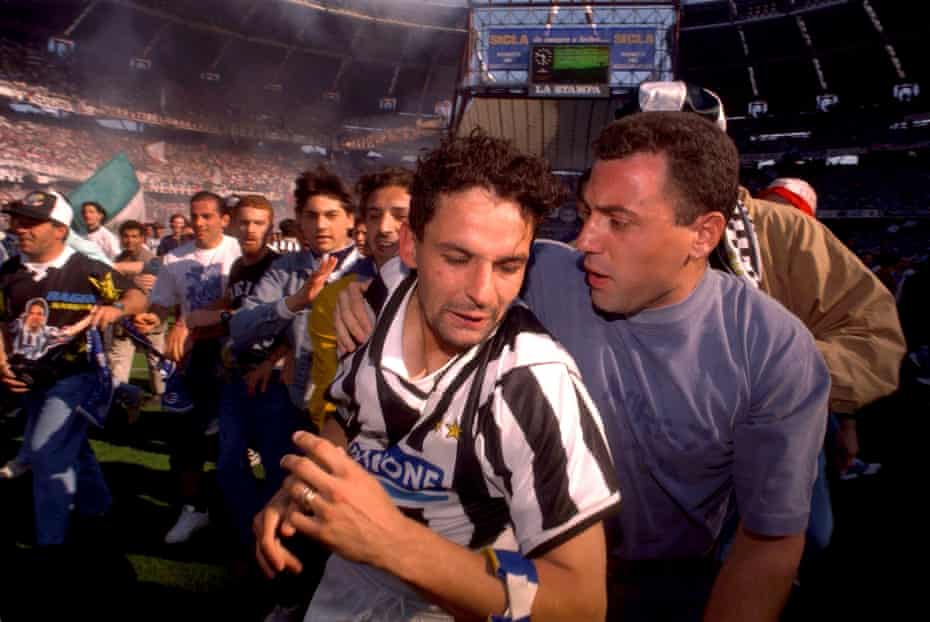 Roberto Baggio celebrates after Juventus beat Parma to clinch the Serie A title for the first time in nine years.
