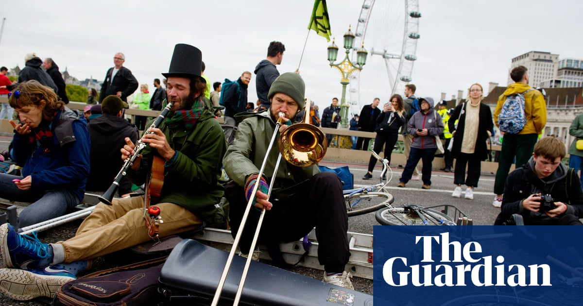 Police unswayed by road-block ruling ahead of London climate protests