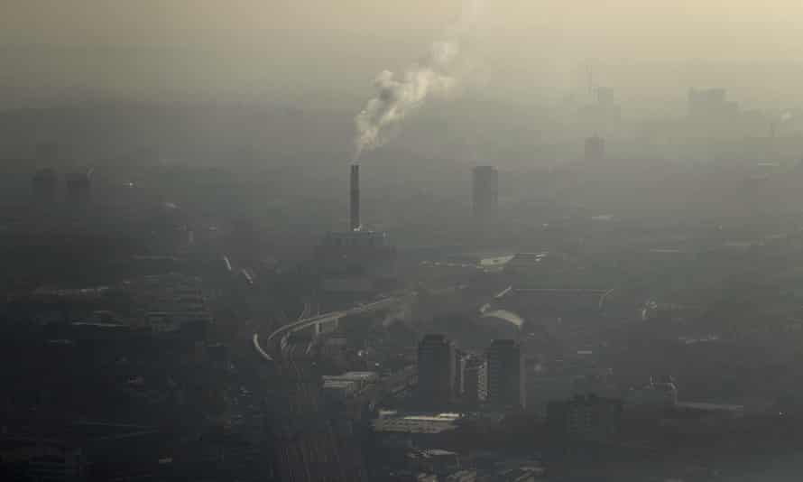 Pollution in January 2017 over south east London, as seen from the Shard.