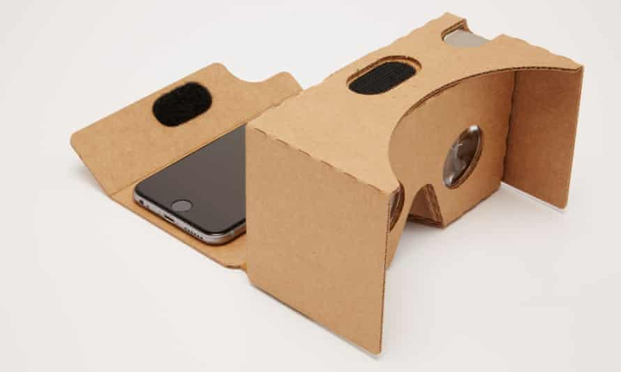 Google's 2015 Cardboard virtual reality viewer