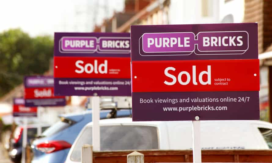 Estate agents Sold signs