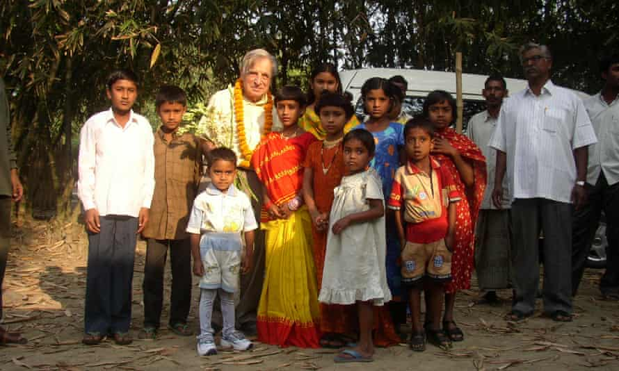 Richard Wilson with children from Durgapur village in Bangladesh