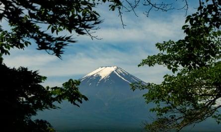 Mt Fuji as seen in Van Gogh and Japan.