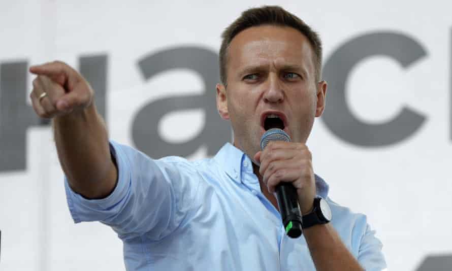 Alexei Navalny was poisoned with novichok in Tomsk, German doctors said.