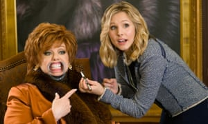 Melissa McCarthy and Kristen Bell in The Boss.
