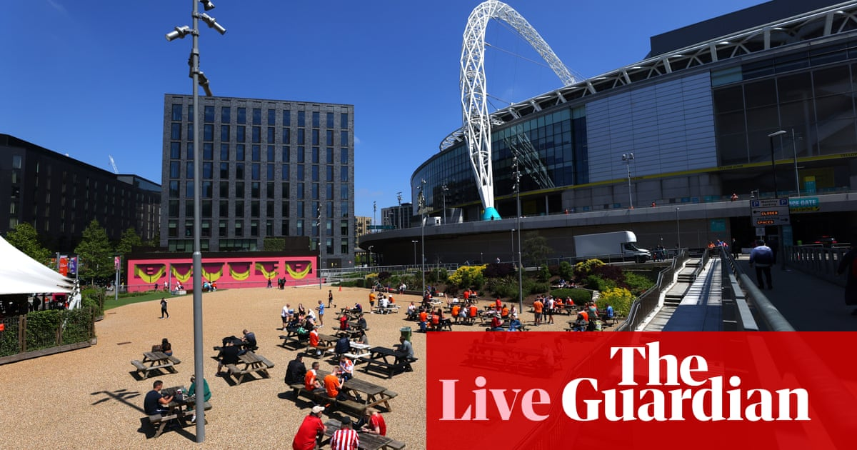 Blackpool v Lincoln City: League One play-off final – live!