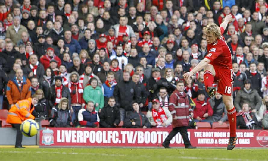 Dirk Kuyt scores Liverpool's second goal in the 2012 FA Cup tie against Manchester United