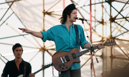 The big music: Anthony Hutchinson and Mike Scott of the Waterboys playing Milton Keynes Bowl in 1986.