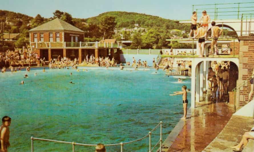 Grange Lido in its heyday. It closed in 1993.