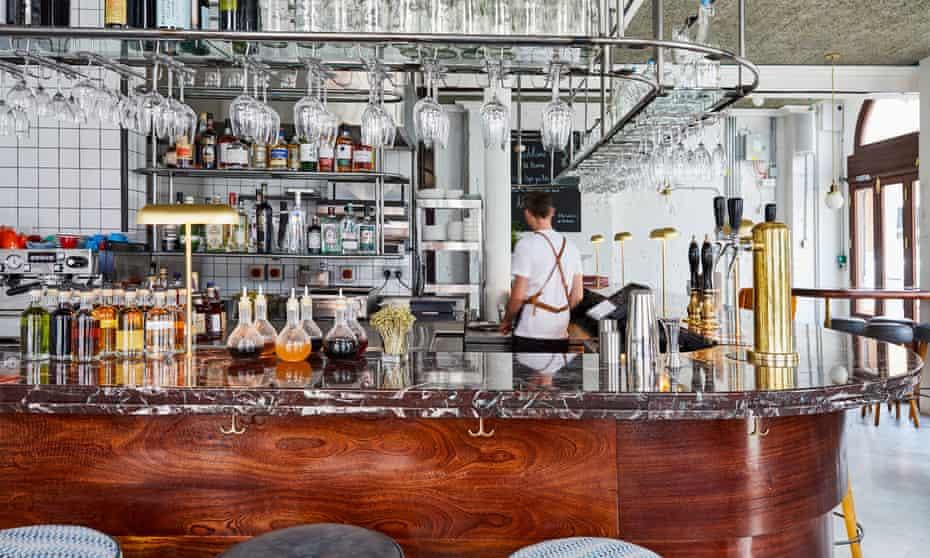 Pub interior at The Buxton, Osborn Street (Brick Lane), London, E1