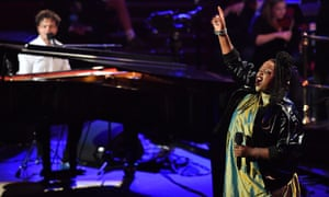 Jamie Cullum at the Proms review – highbrow mixtape with the